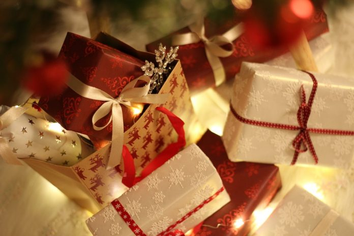 christmas gifts in london
